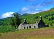 Old house on our way to Loch Lomond
