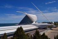 The Milwaukee Art Museum (MAM)