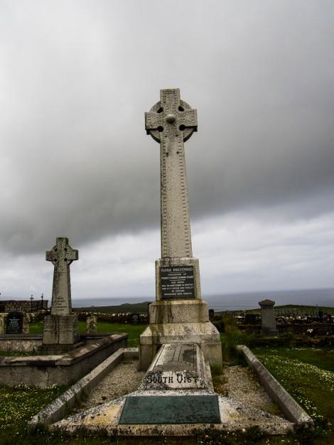 Memorial to Flora MacDonald, Kilmuir Graveyard